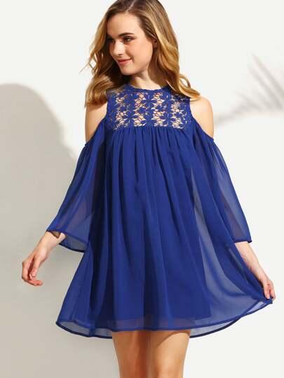 62effa71e98fb فستان شيفون أزرق تداخل كروشيه عاري الكتف