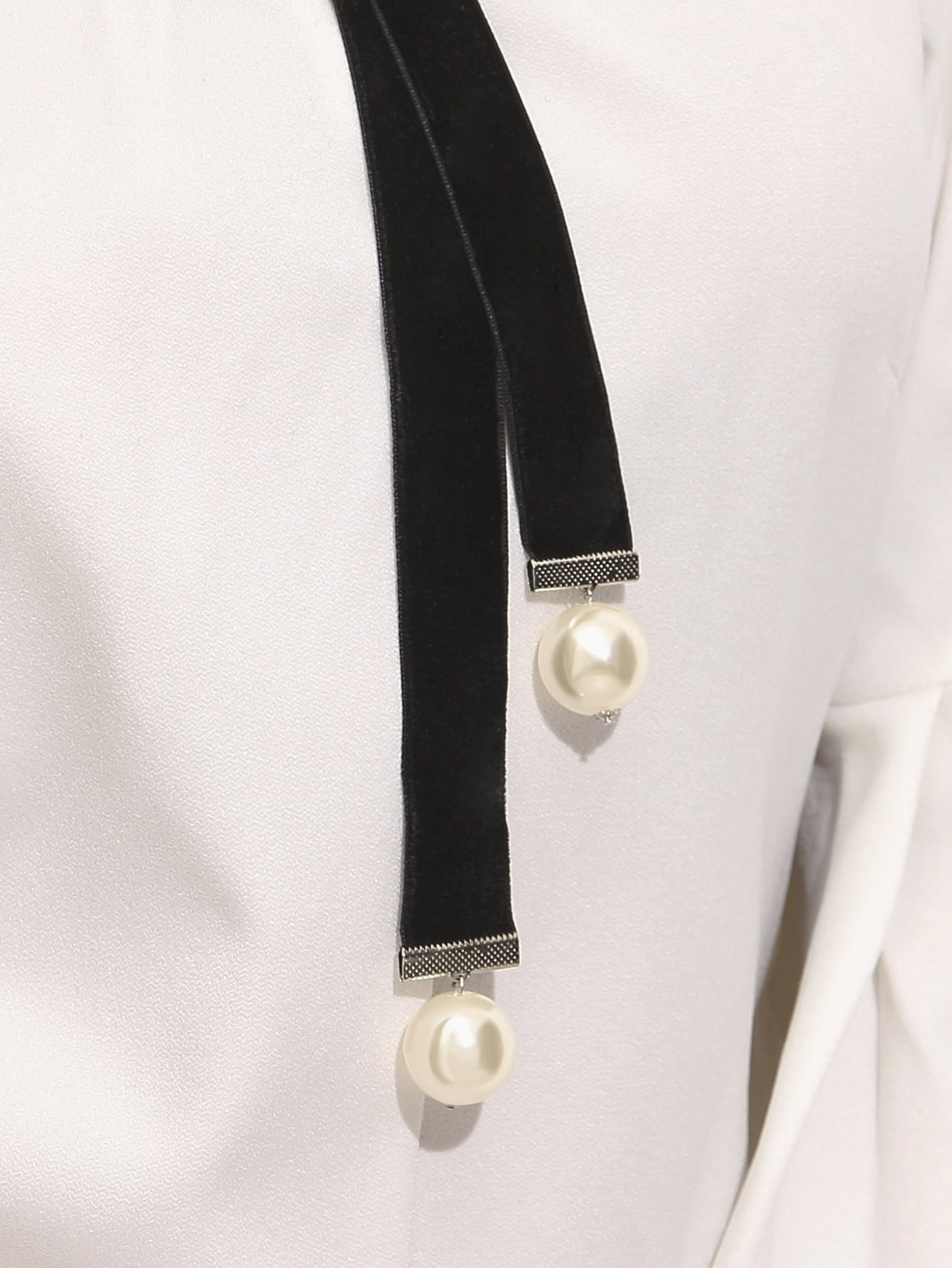 Black Faux Pearl Embellished Velvet Neck Tie