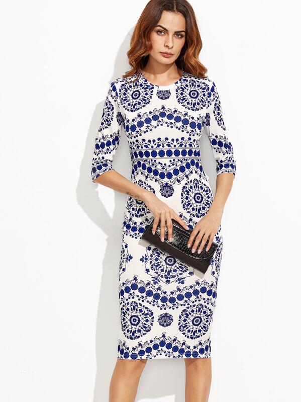 3326e255c56 Robe fourreau imprimé tendance - bleu blanc