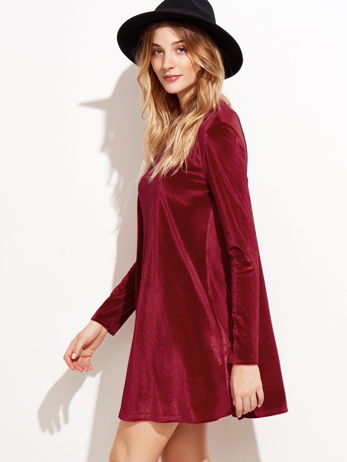 Red Velvet Backless Long Sleeve Shift Dress