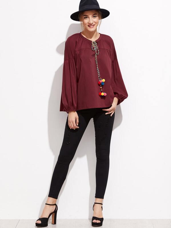 6c0afc4c6ad7ac Bluse mit Bommel Schleife am Kragen Laterne Ärmel-burgund rot | SHEIN