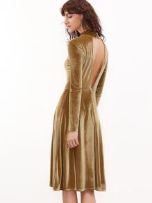 b171ebc279 Vestido de terciopelo con cuello alto y espalda descubierta - mostaza |  SHEIN ES