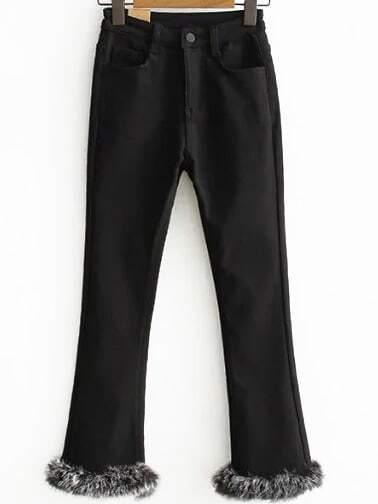 ecfae11615 Pantalones con piel sintética - negro