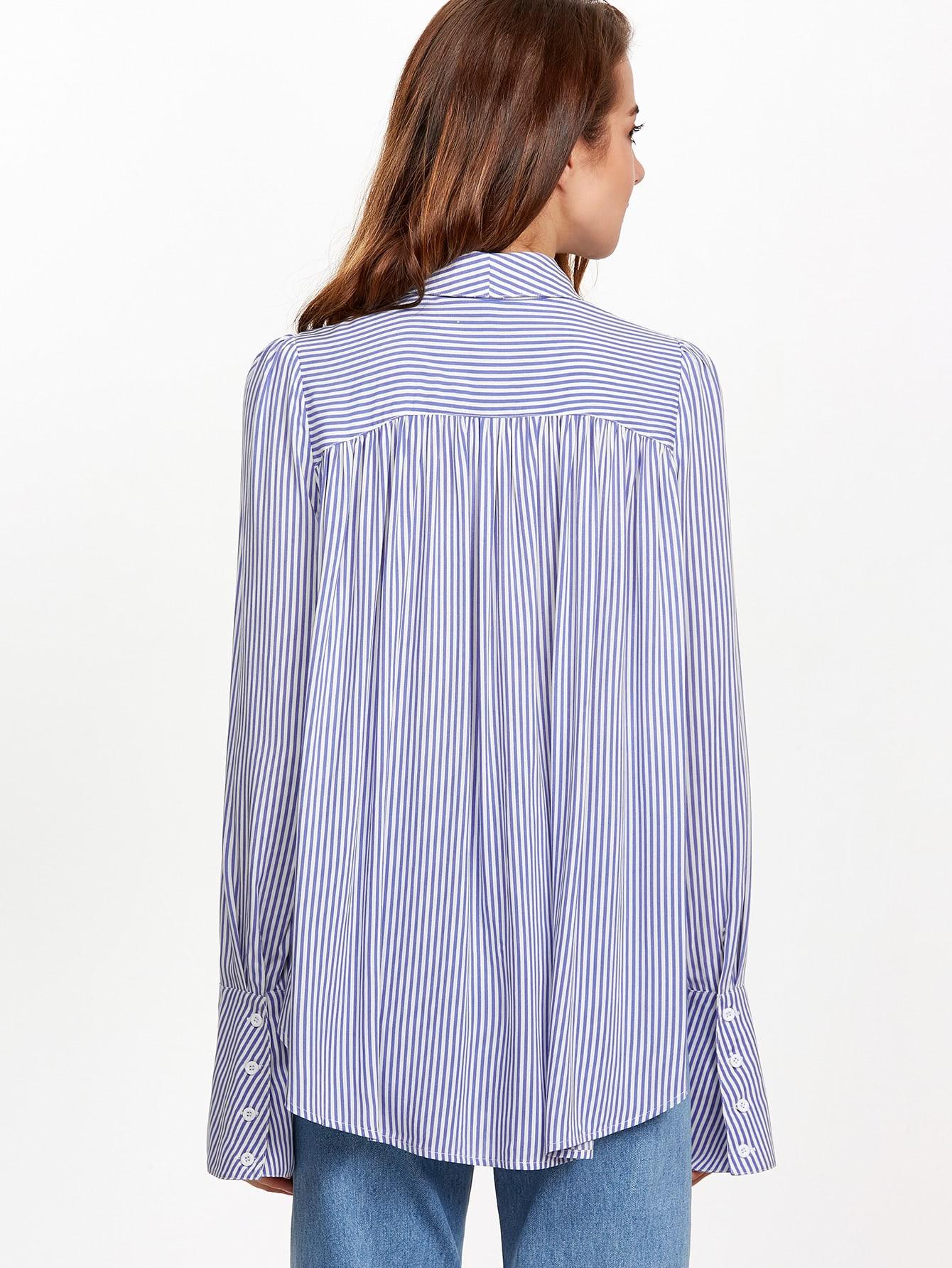 Bluse mit Streifen Schleife am Kragen Puff Ärmel-blau und weiß ...