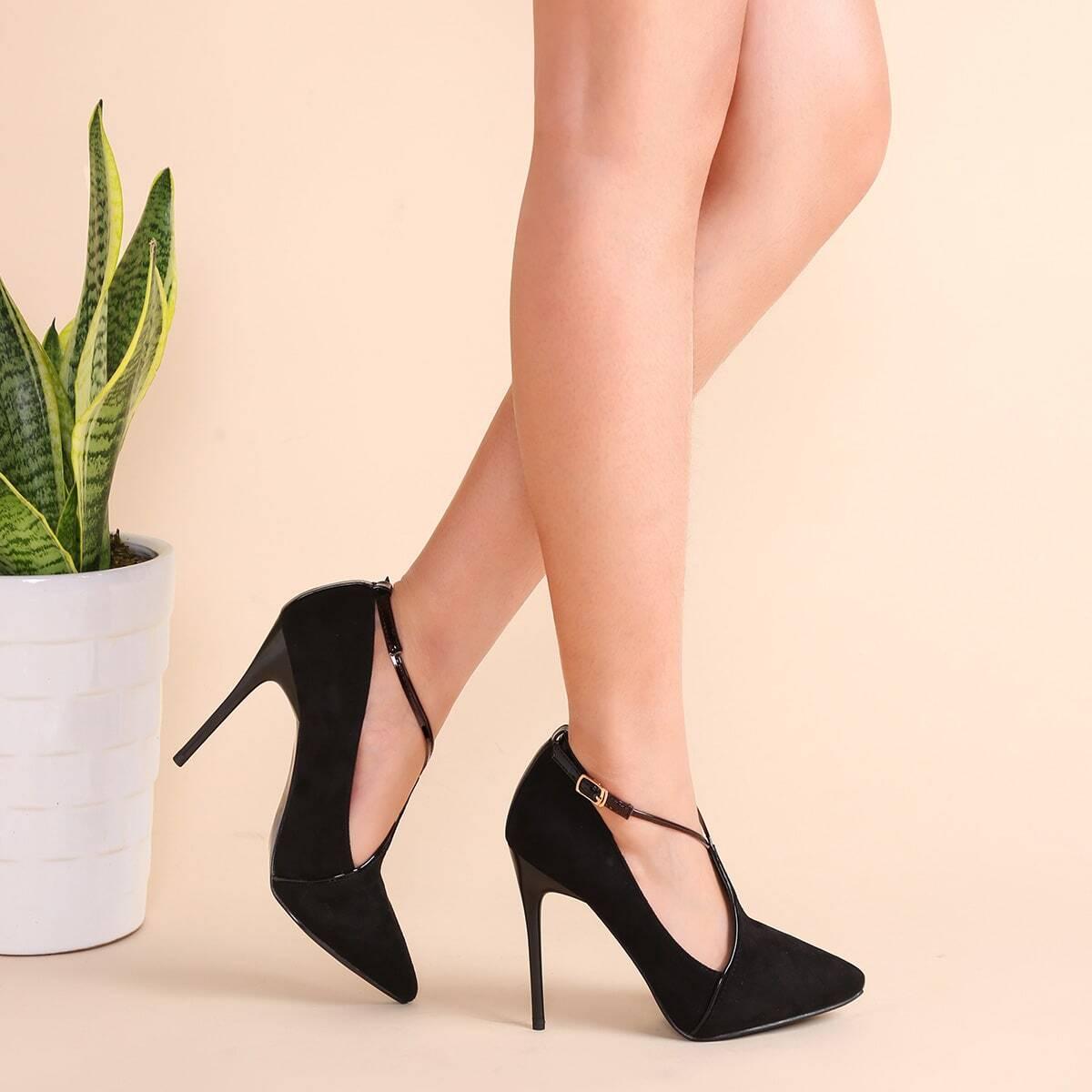 Чёрные замшевые остроносые туфли на шпильках от SHEIN