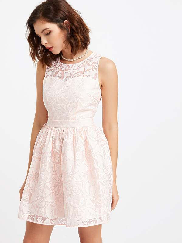 c71aa7778780 Vestido con bordado de flor cuello semi transparente sin mangas - rosa