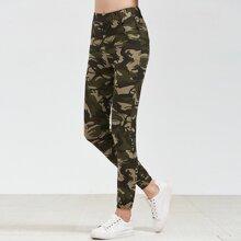 SHEIN | Camo Print Elastic Waist Pants | Goxip