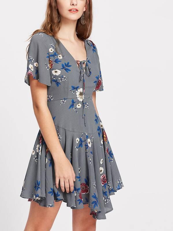 Flower Print Lace Up Plunge Neck Paneled Flowy Dress -SHEIN(SHEINSIDE) 062ee1074