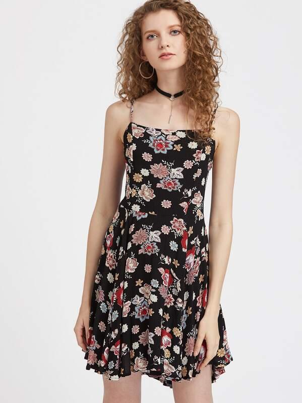 f63ca9f23d1 Модное платье на бретельках с цветочным принтом и открытой спиной