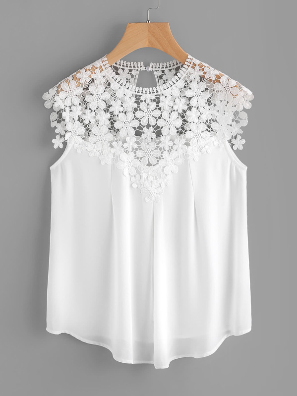 87fac181a015a Keyhole Back Daisy Lace Shoulder Shell Top