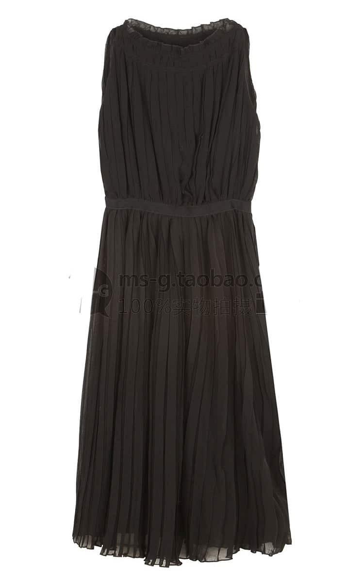 2e711fb07966 Solid Pleated Round Neck Sleeveless Chiffon Dress Black | SHEIN