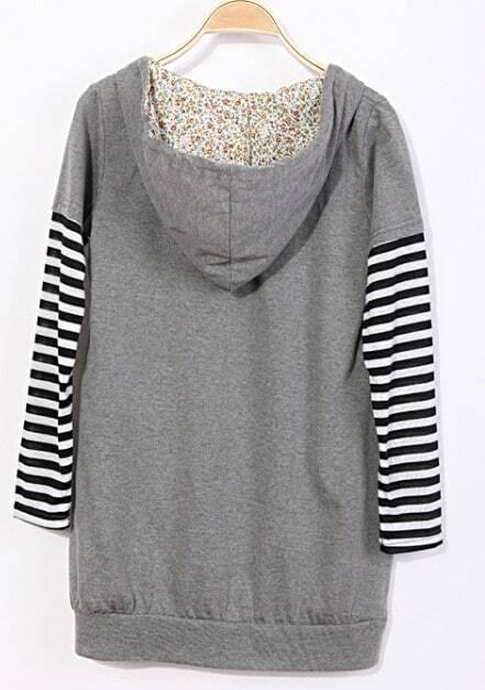 Red white striped three quarter length sleeve t shirt for Three quarter length shirt