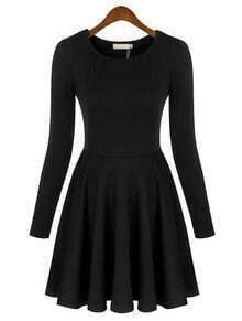 Black Round Neck Long Sleeve Slim Pleated Dress