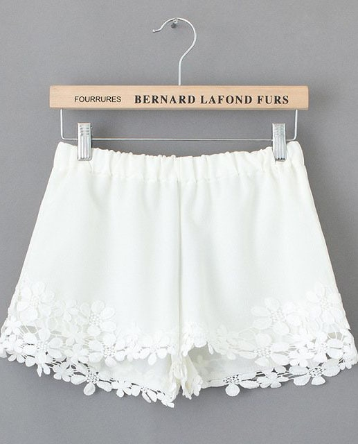 White Lace Floral Crochet Shorts Shein