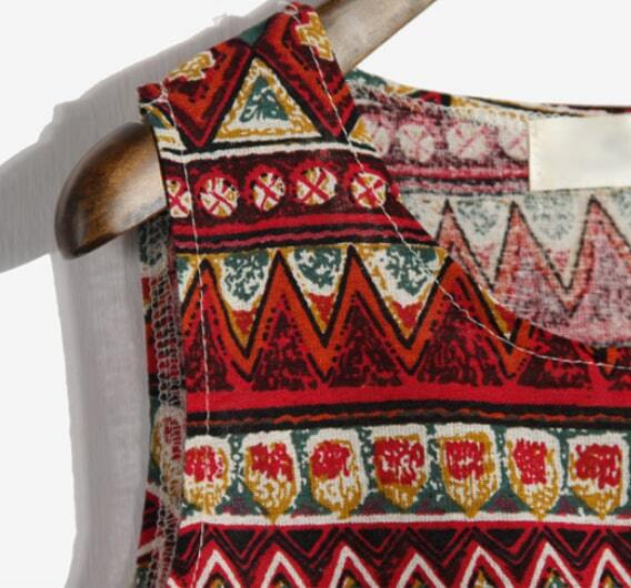 Red Sleeveless Tribal Print Vest -SheIn(Sheinside)