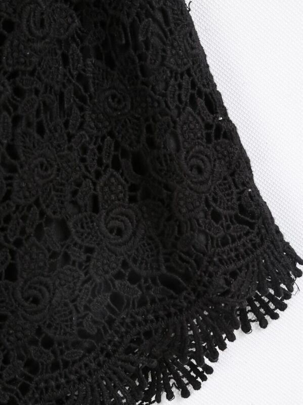 Black Elastic Waist Floral Crochet Shorts Shein
