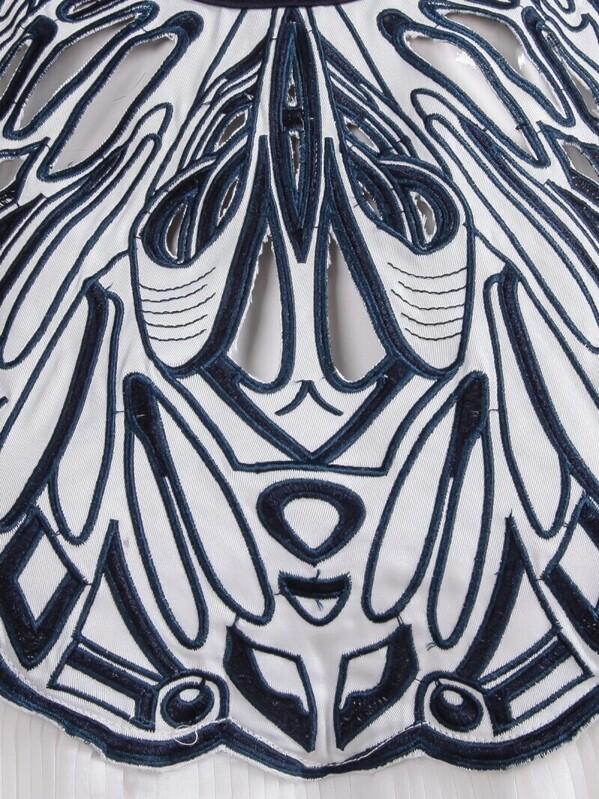 81c5382e92ca9 White Sleeveless Embroidered Loose Chiffon Dress