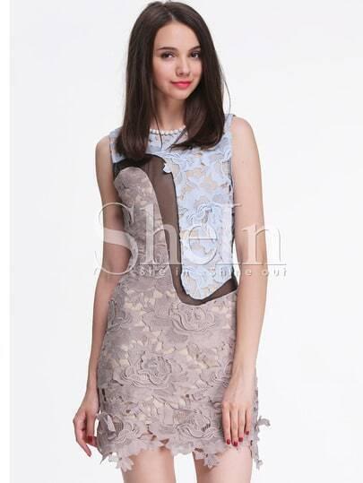серое вязаное кружевное платье