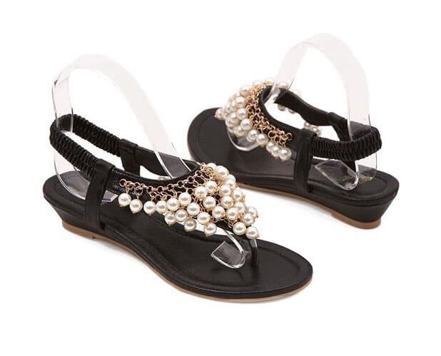 zehentrenner sandalen mit perlen besetzt schwarz german. Black Bedroom Furniture Sets. Home Design Ideas