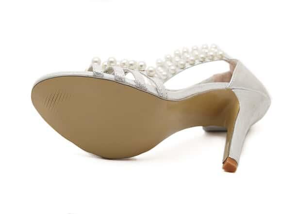 sandalette mit perlen besetzt silber german shein sheinside. Black Bedroom Furniture Sets. Home Design Ideas
