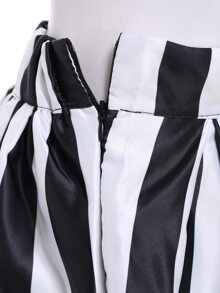 Black White Vertical Stripe Flare Skirt